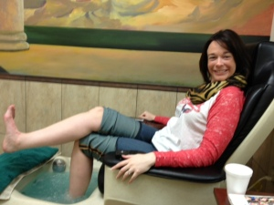 Many thanks to the lovely April Finnen for taking this pedi photo!